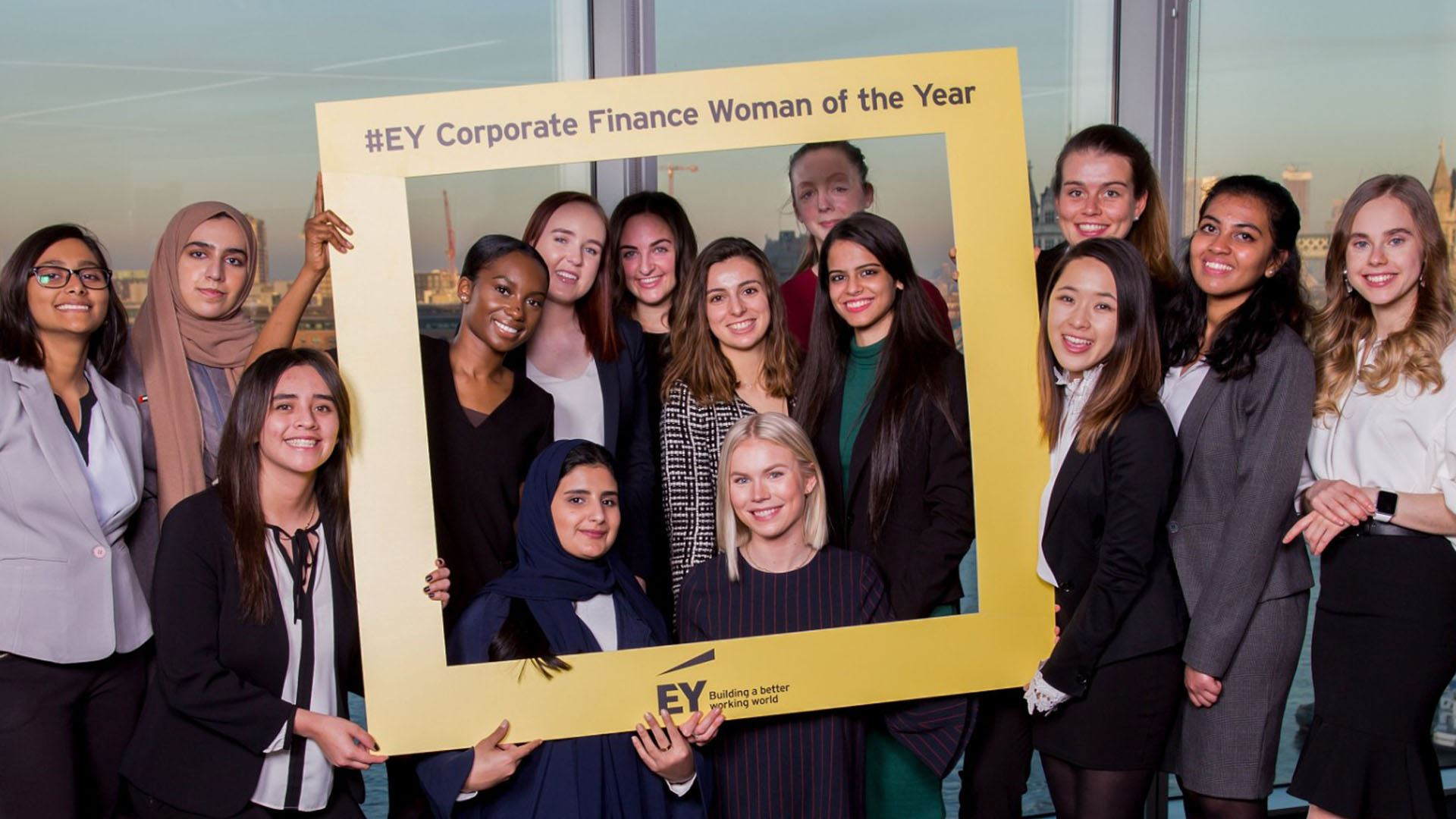 Nova SBE Student Marina Gonzalez wins Spain's EY Corporate Finance Woman of the Year